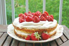 Gâteau meringué aux fraises