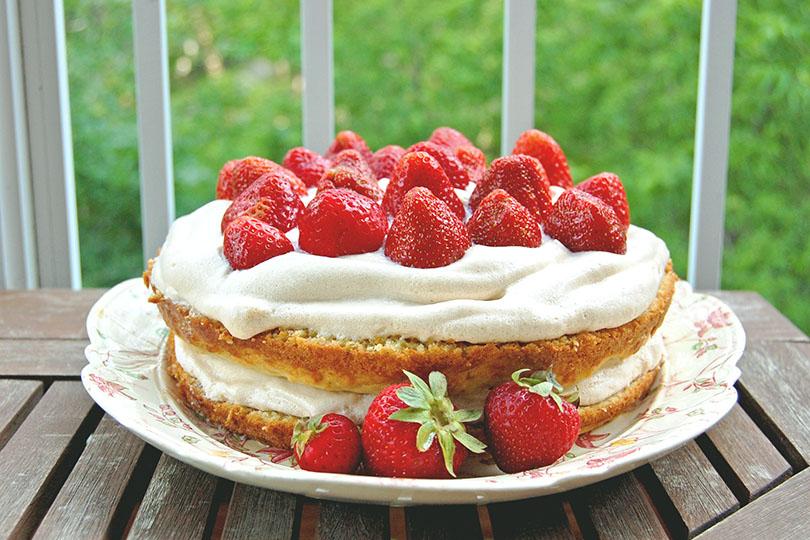 Gateau aux fraises, à l'érable et au mélilot