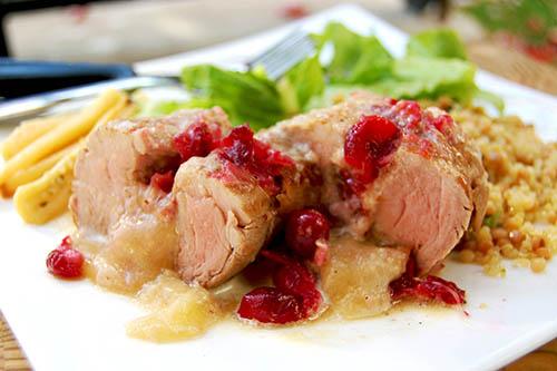 Filet de porc farci au cheddar vieilli et aux canneberges du Centre-du-Québec