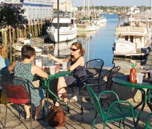 Terrasse du J's Oysters, quais de Portland